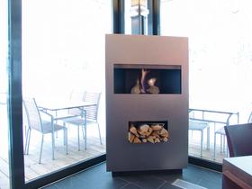 mf moving fire herbert pramsoler tirol austria feuerm bel fackeln feuerbox. Black Bedroom Furniture Sets. Home Design Ideas